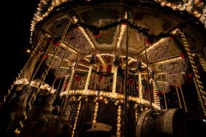 carousel-884888_1280